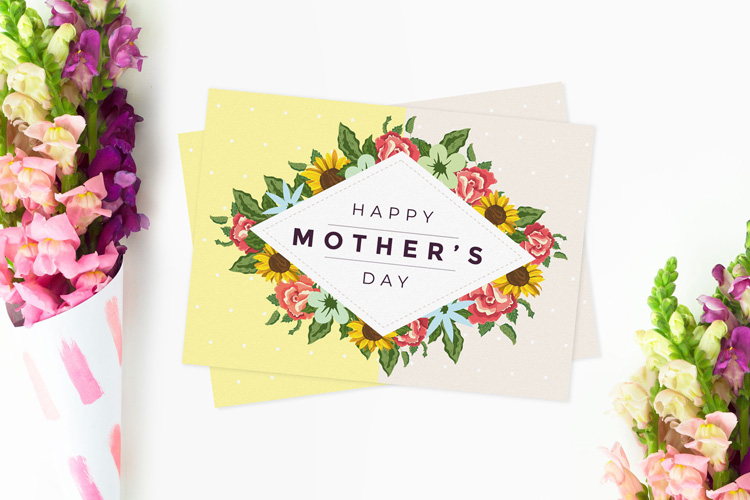 Free Invitation Greeting Card Mockup Find The Perfect
